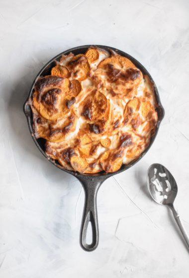 Baked Skillet Sweet Potato au Gratin